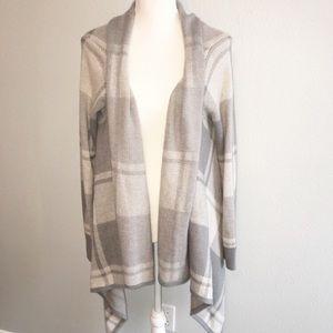Merona Gray White Plaid Drape sweater Cardigan